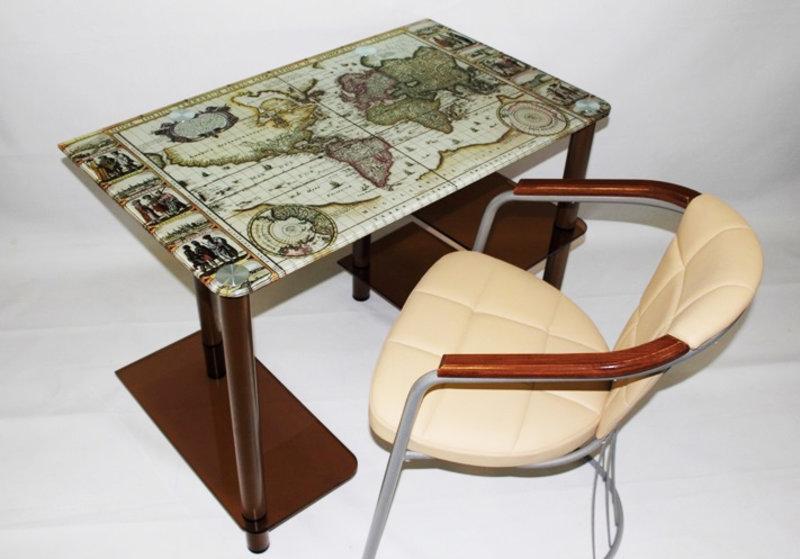 Письменные стеклянные столы